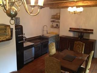 Relaxing summer chalet, ski Courchevel in winter, Montagny
