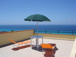 Italian holiday apartment with unspoilt sea views, Tropea