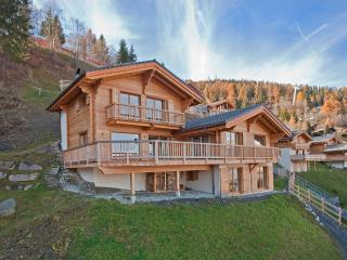 Ski in/out, 5 ensuite rooms, luxury for 12 guests, La Tzoumaz