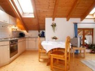 LLAG Luxury Vacation Apartment in Bad Feilnbach - 646 sqft, rustic, quiet, comfortable (# 4077)