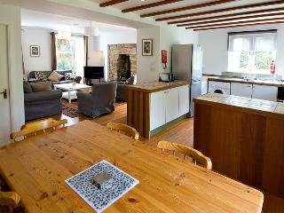Lovely 3 bedroom cottage in its own garden a few minutes walk from the village, Pittenweem