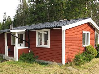 Rental house in Southern Sweden in beautiful nature between 2 lakes., Unnaryd