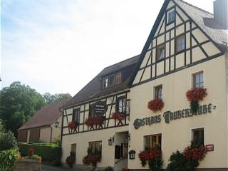 Guest Rooms in Rothenburg ob der Tauber - comfortable, bright, friendly (# 4091)