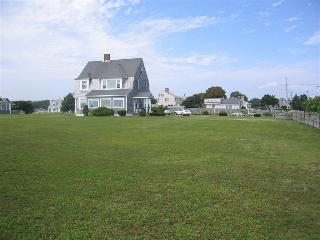 19 Colombus Ave, West Yarmouth