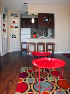 Recently remodeled unit with custom decorations and paint!
