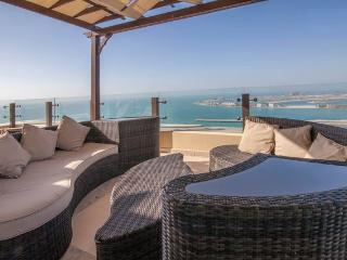 Amazing penthouse heart of Jumeirah  Beach Walk up, Dubai