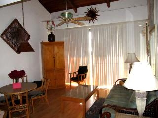 2-Bedroom Loft Oceanview Condo, Kihei
