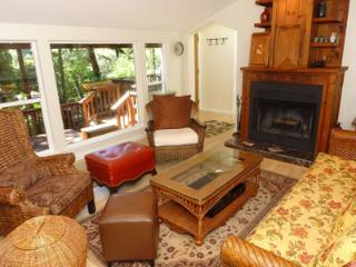 Above and Beyond, Fireplace, Privacy, 3 Bedroom Rental