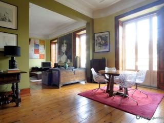 Lisbon Apartment Brazilian Chic - Lisbon vacation rentals
