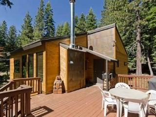 Barking Pine Cabin, Tahoe City