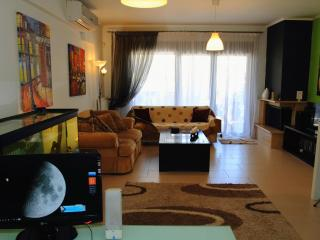 Thessaloniki apartment. 2 rooms, sleeps 4, parking - Thessaloniki vacation rentals