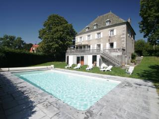 Charming Luxury Cottage - Auvergne vacation rentals
