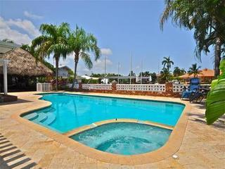 Tiki Hut Luxury Vacation home near Fort Lauderdale