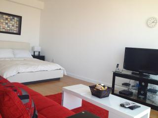 UBliss Luxury Suites at 70 Greene - 7 mins to NYC, Jersey City