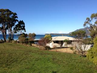 Eaglehawk Neck Beach House