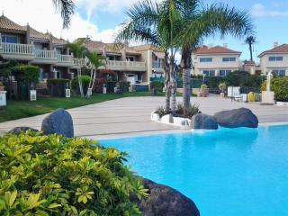 Holiday Apartment with lovely sea views., Puerto de la Cruz