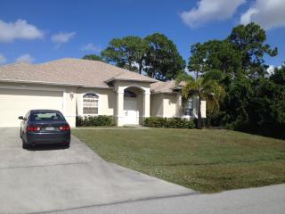 Spacious 3/2 House Smoke Free/ Pet Free, Port Saint Lucie