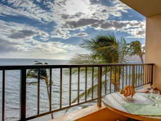 Ocean Front Penthouse Best View in Kihei