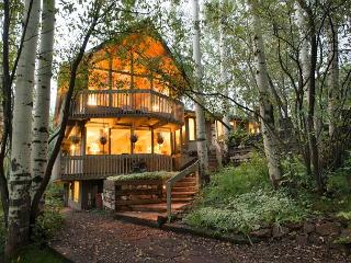 6BR/4BA Home Walk to Lifts at Highlands of Aspen