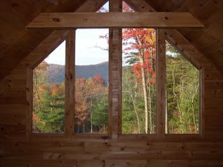 Romantic, Secluded Craftsman style cabin minutes f, Blue Ridge