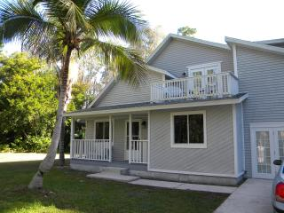 Relaxing Vacation Home, Fort Myers