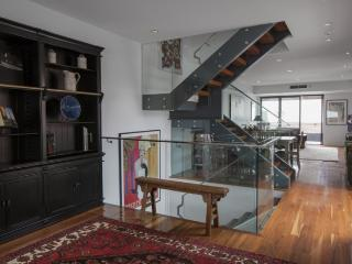 Boutique Stays Steeple Heights, Melbourne