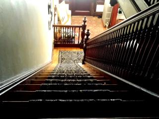 stairs to the 1st floor