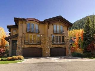 Georginia 311B- French Chateau at the Base of Baldy Mountain with Central Air Conditioning, Ketchum