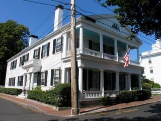 Antique In-Town Captain's House! (Antique-In-Town-Captain's-House!-ED337), Martha's Vineyard