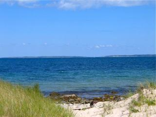 Chilmark Waterview With Beach And Tennis! (Chilmark--Waterview-With-Beach-And-Tennis!--CH216)