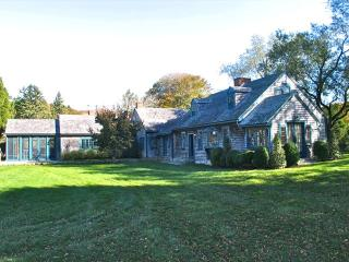 Waterview Beauty In Seven Gates! (Waterview-Beauty-In-Seven-Gates!-WT150), West Tisbury