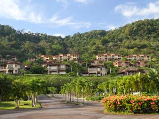 Luxury Golf Course Condo in Los Suenos Resort and, Herradura