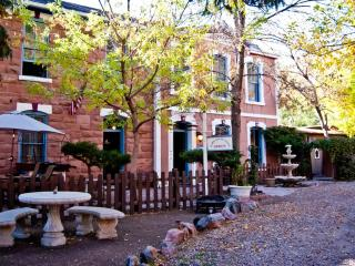 Cozy Cottages with Private Hot Tub!! - Denver Metro Area vacation rentals