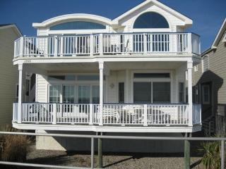 1804 Boardwalk Ave 1st 112710 - Ocean Grove vacation rentals