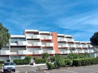 Le Saint Louis ~ RA26303 - Port Camargue vacation rentals