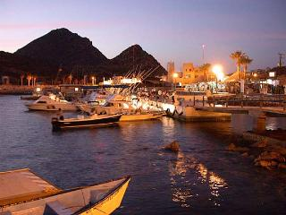 Luxury Presidential Suite on the Marina 2bd/2ba, Cabo San Lucas