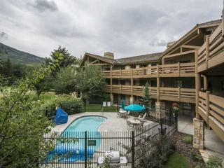 Luxury Rental steps from Park City lifts and more!