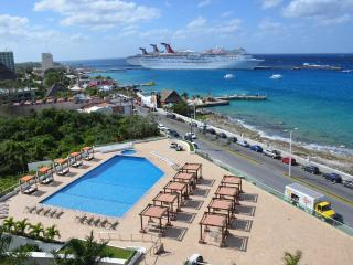 Top Floor View!!  See Pics.  5++++star reviews,, Cozumel