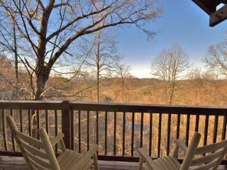 BEAUTIFUL Mountain Views!! Perfect Location!, Sevierville