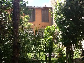 The Petite Jardin Residence 'Rose' Apartement, Limoux
