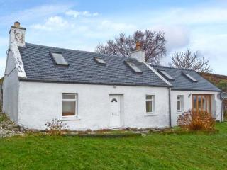 SOLAS, detached stone cottage, multi-fuel stove, games table, lawned garden, in Camuscross, near Broadford, Ref 25777