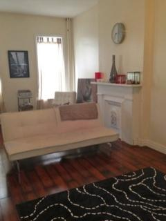 Beautiful Bed- Stuy Apartment!!!