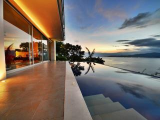 View to die for | Samuh Hill Residence, Candidasa