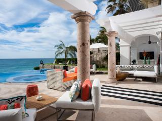 Beachfront Villa 321, Sleeps 8, San Jose del Cabo