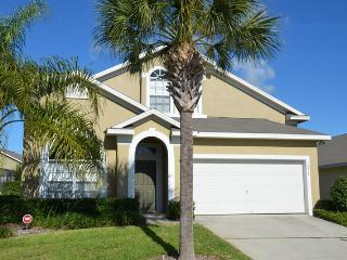 5 Bdrm Home with Pool & Gameroom- Close to Disney, Clermont