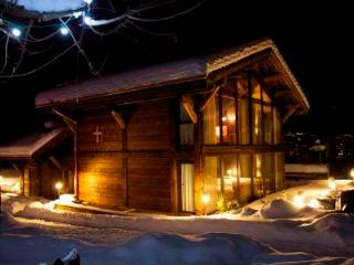 **5 BEDROOM LUXURY CHALET WITH SAUNA IN MORZINE** - Morzine vacation rentals