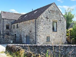 THE DRYING MILL vaulted ceiling, family-friendly, great views in Tissington Ref 904184 - Derbyshire vacation rentals