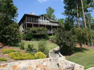 5 BR 4Ba House on Beautuful (crystal clear water) Lake Martin, Alabama - Alabama vacation rentals