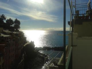 5 Terre_House on the sea, Riomaggiore