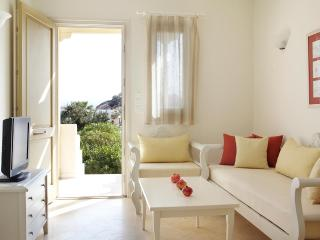 Family villa w.dbl and twin bedroom, sea view, Agios Prokopios